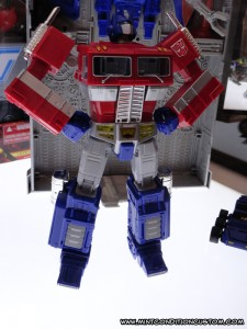 Transformers Hasbro Masterpiece MP-10 Optimus Prime with Trailer
