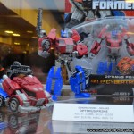 Transformers BotCon 2012 Hasbro Fall of Cybertron Optimus Prime Generations