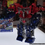 BotCon 2012 – Transformers Prime Cyberverse Sets, Including Giant Optimus Maximus