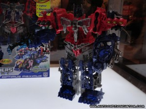 Transformers Hasbro BotCon 2012 Cyberverse Optimus Maximus Prime