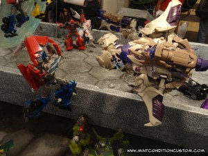 Hasbro BotCon 2012 Transformers Prime Display Autobot Decepticon Optimus Prime Megatron Bumblebee Bulkhead