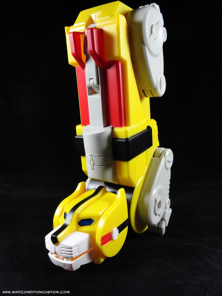 Mattel 23 quot  Voltron Yellow Lion GoLion Hunk RobotVoltron Yellow Lion