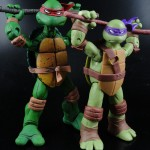 Comparison of New Nickelodeon TMNT Donatello to NECA TMNT Donatello