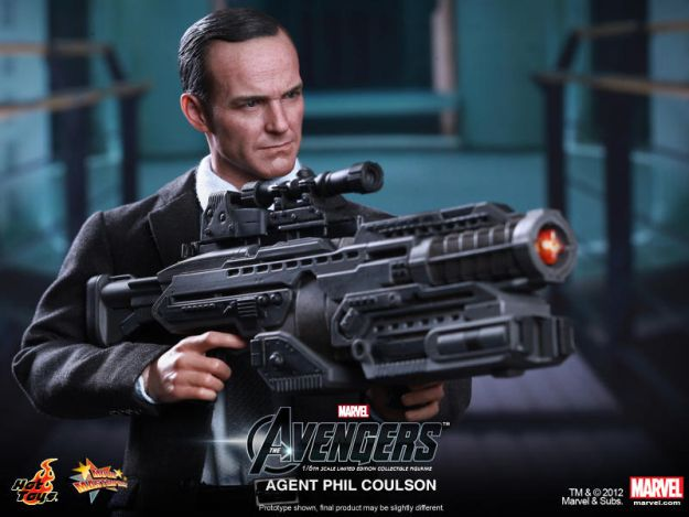 Hot Toys Agent Phil Coulson Action Figure Marvel Avengers