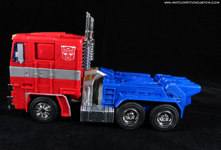Transformers Masterpiece Optimus Prime Alt Truck Mode Side View