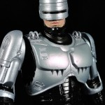 Review – Robocop with Spring Loaded Holster – Robocop, NECA