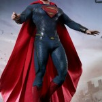 Hot-Toys_Man-of-Steel_Superman_04