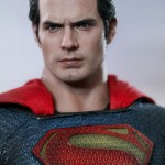Hot-Toys_Man-of-Steel_Superman_06