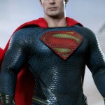 Hot-Toys_Man-of-Steel_Superman_07