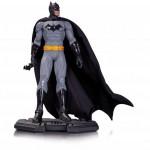 DCC_Batman_Icons_Statue