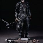 Hot-Toys_The-Crow_Eric-Draven_17