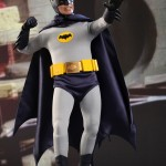 Hot_Toys_1966_Adam_West_Batman_02