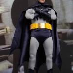 Hot_Toys_1966_Adam_West_Batman_03