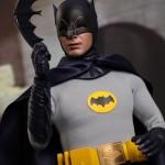 Hot_Toys_1966_Adam_West_Batman_04