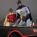 Hot_Toys_1966_Adam_West_Batman_13