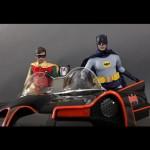 Hot_Toys_1966_Adam_West_Batman_14