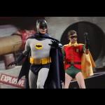 Hot_Toys_1966_Adam_West_Batman_15