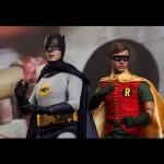 Hot_Toys_1966_Adam_West_Batman_16