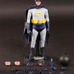 Hot_Toys_1966_Adam_West_Batman_18