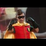 Hot_Toys_1966_Batman_Robin_04