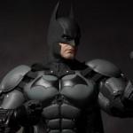 NECA_Batman_Arkham_Origins_18_inch_01