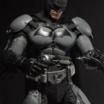 NECA_Batman_Arkham_Origins_18_inch_08
