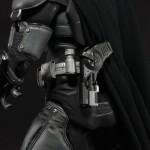 NECA_Batman_Arkham_Origins_18_inch_10